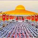 Put prosvetljenja: Preko hiljadu budističkih sveštenika pokazalo alternativu Danu zaljubljenih