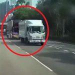 JEZIVO: Sudar autobusa i kamiona, poginula oba vozača, 15 osoba povređeno (VIDEO)