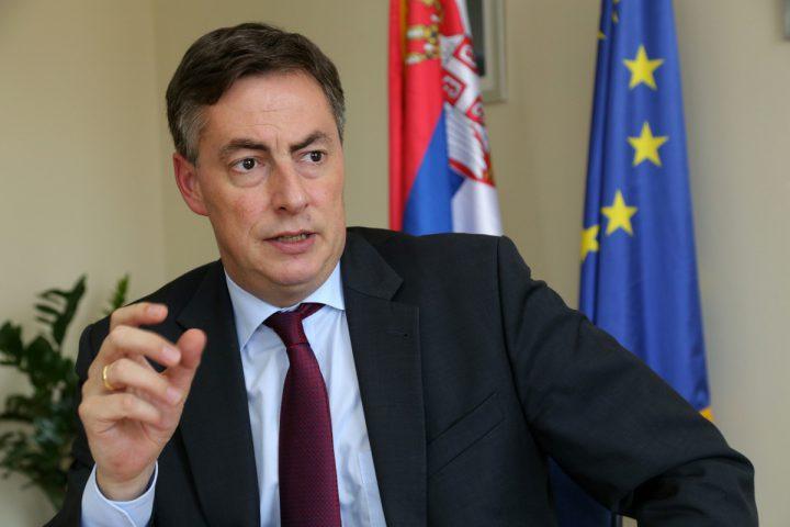 Mekalister: Potrebna klauzula o budućem sporazumu Srbije i Rusije