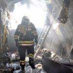 STRAVIČNA EKSPLOZIJA U RIPNjU: Kuća izgorela, pronađeno ugljenisano telo