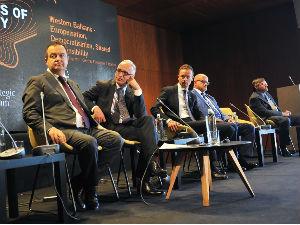 Palmer: Amerika želi se Beograd i Priština vrate za pregovarački sto