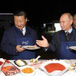 Prijateljstvo Sija i Putina: Od hokeja i palačinki, do rođendanskih poklona