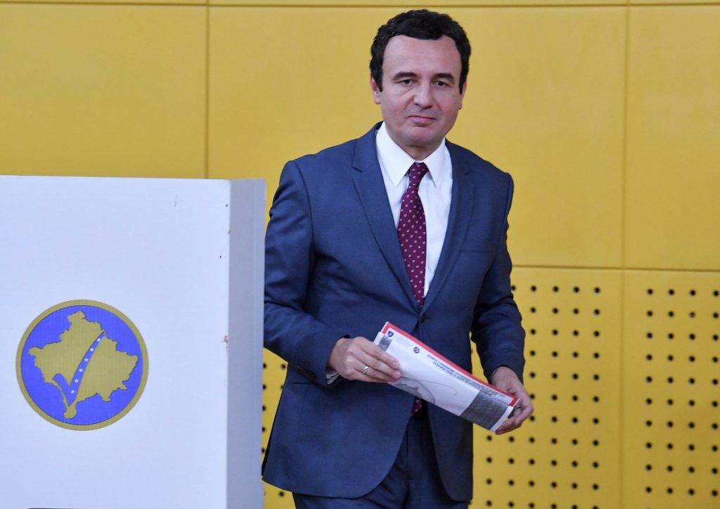 TUKU SE I PROTIVE SE ZSO Ovo je spisak Kurtijevih ministara za novu kosovsku vladu