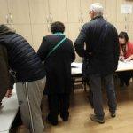 Glasački listić biće roze boje, kontrolni tirkizne