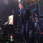 ČOLA POKAZAO ZAŠTO JE NAJVEĆA ZVEZDA REGIONA Otvorio je drugo veče Music Week festivala na Kopaoniku SJAJNIM NASTUPOM