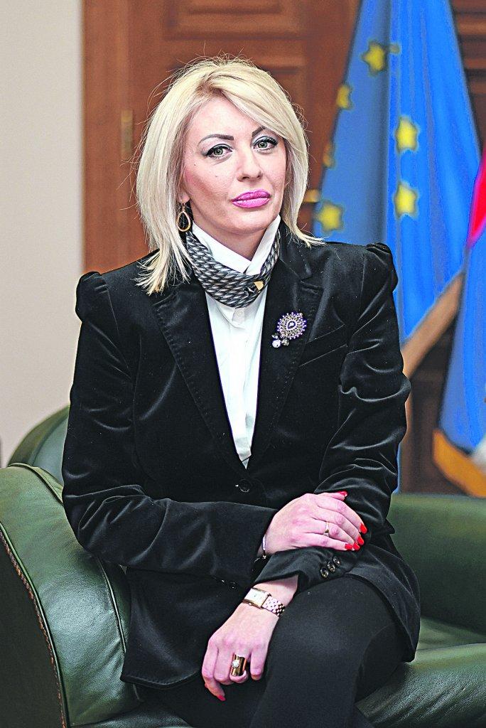 Joksimović: Zalihe medicinske opreme EU biće dostupne i Srbiji