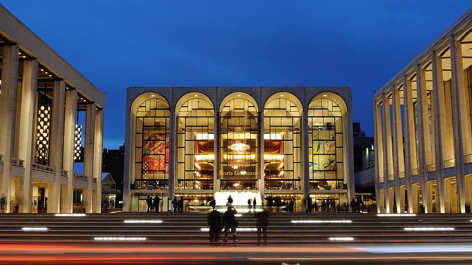 Metropoliten opera prekida sezonu, prestaje da plaća članove orkestra i hora
