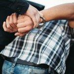 Uhapšen Novosađanin, usluživao goste u lokalu i prekršio propise o koronavirusu