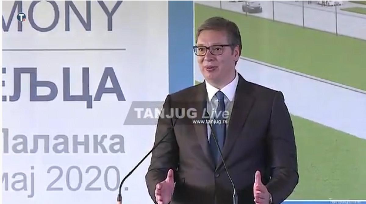 Vučić o Crnoj Gori: Nemam sumnju da se radi o POLITIČKOJ ODLUCI, zabranićemo ulaz za pripadnike CRNOGORSKIH KLANOVA (VIDEO)