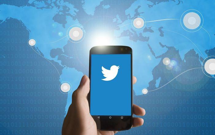 Iznenadni rat: Tviter udario na Trampa, koji je toj mreži doneo slavu