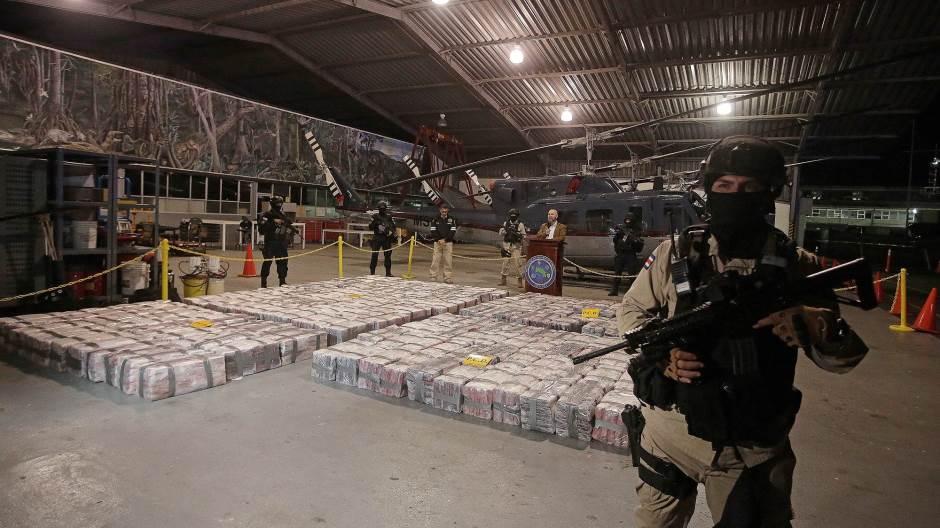 Više od 50 tona kokaina zaplenjeno za mesec i po dana u Kolumbiji