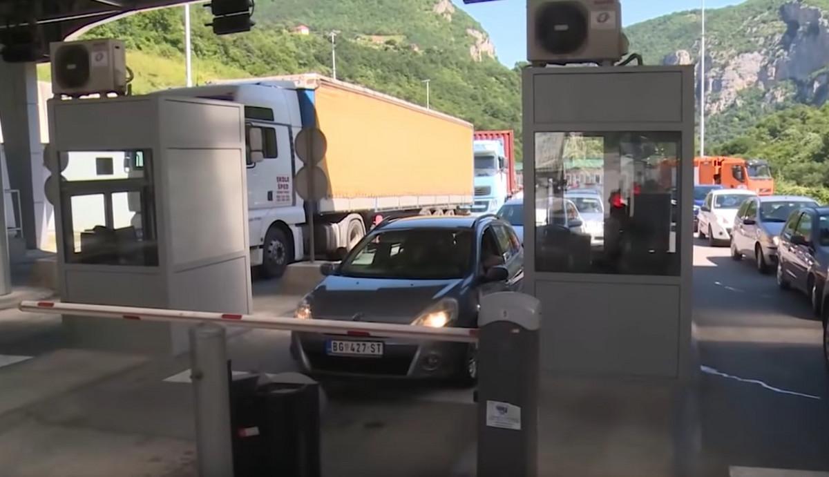 Vučić: Crnogorci otvaraju sve granice, ali i dalje GRAĐANI SRBIJE MORAJU U KARANTIN