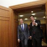 ŠEF RUSKE DIPLOMATIJE DANAS U BEOGRADU Lavrov i Vučić o inicijativi Vašingtona