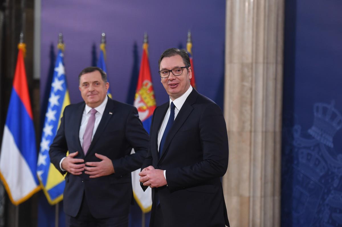 SASTALI SE VUČIĆ I DODIK Imamo odličnu saradnju, upoznao sam ih sa činjenicama o razgovoru po pitanju Kosova