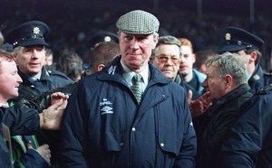 Poslednji pozdrav, otišao legendarni Džeki Čarlton: Čovek koji nije hteo da bude brat poznatog fudbalera