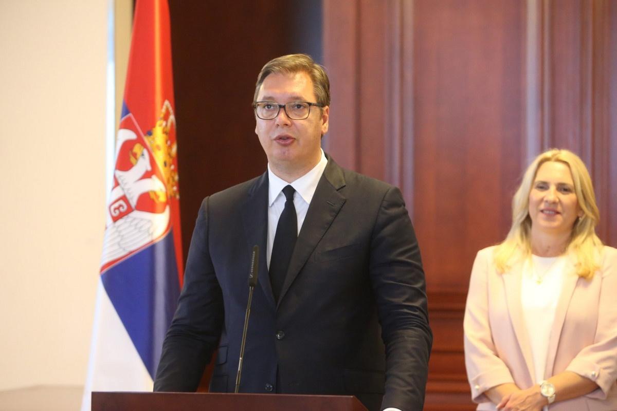 """VUČIĆ NAKON RAZGOVORA SA ZVANIČNICIMA SRPSKE """"Odgovorićemo na zahteve u vezi sa Kosovom"""""""