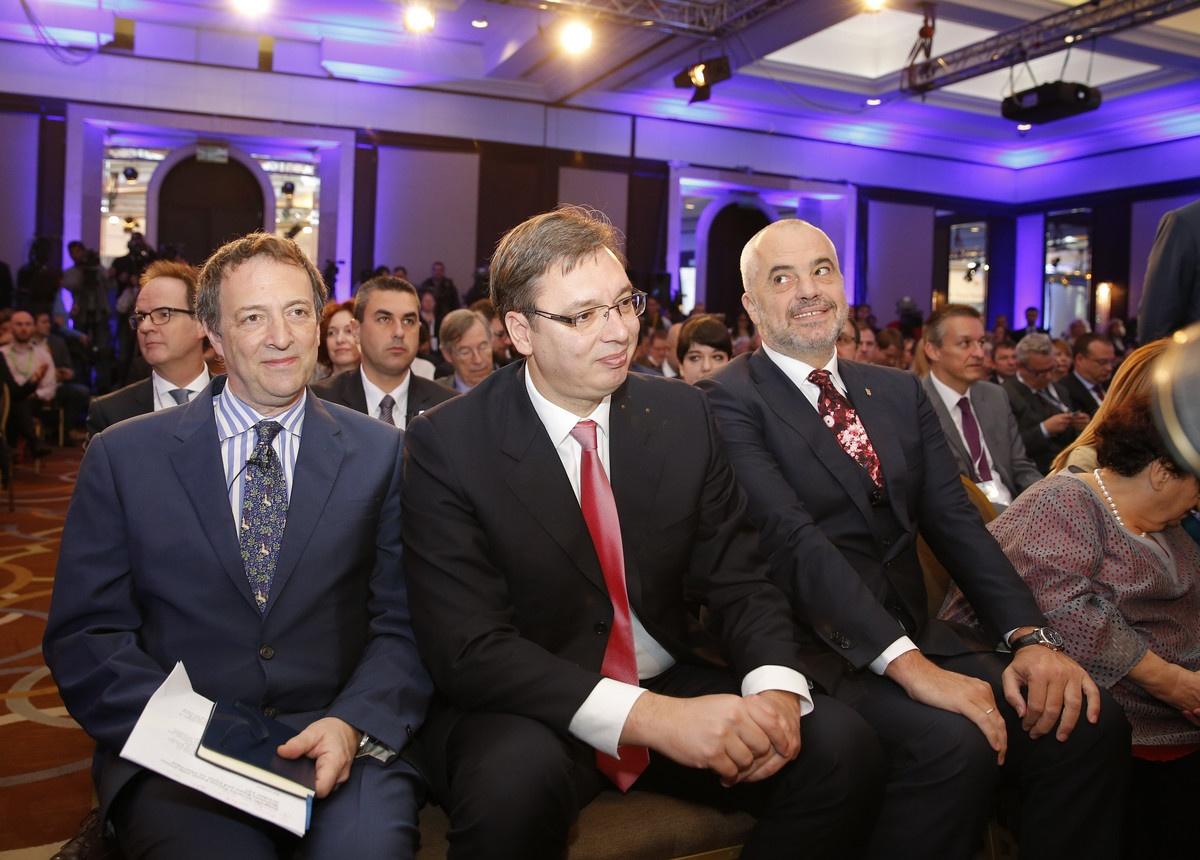 Na onlajn samitu o partnerstvu na Zapadnom Balkanu zajedno Vučić, Rama, Hoti, Pendarovski...