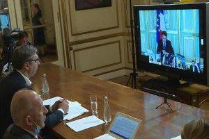 Vučić na video-samitu o KiM sa Merkelovom i Makronom