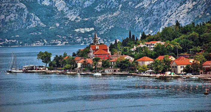 Otvaranje granica Crne Gore za ruske turiste ne znači da će oni brzo i doći
