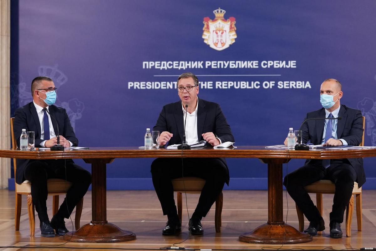 Vučić: Vlada Mirka Cvetkovića dozvolila izvoz oružja u Jermeniju