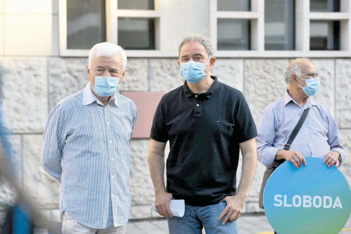 DS IZBACUJU IZ PROSTORIJA Nekada najveća srpska stranka u ogromnom problemu posle BOJKOTA IZBORA