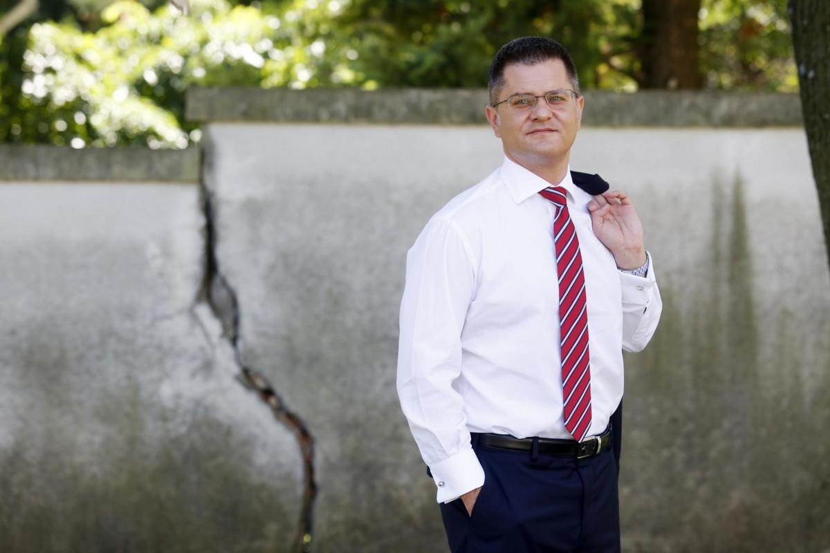 """""""JEDNO JE BITI PRELETAČ, A DRUGO..."""" Vuk Jeremić za """"Blic"""" o bivšem najbližem saradniku Nikoli Jovanoviću, opoziciji i predsedničkim izborima"""
