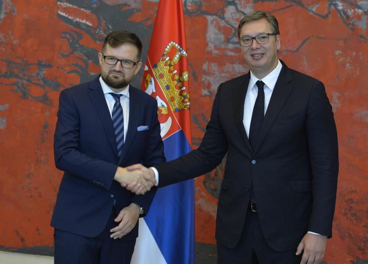 Vučić primio akreditive novih ambasadora Slovenije, Poljske i Kambodže u Srbiji