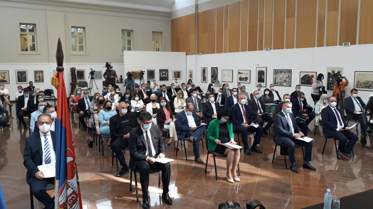 Odbornici u Nišu položili zakletvu, uskoro izbor gradonačelnika