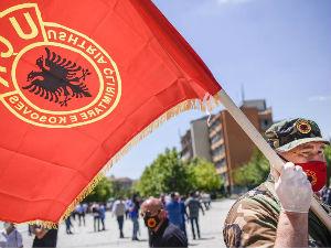 """Demokratska partija ne odustaje od zakona koji """"obavezuje građane Kosova da štite vrednosti OVK"""""""