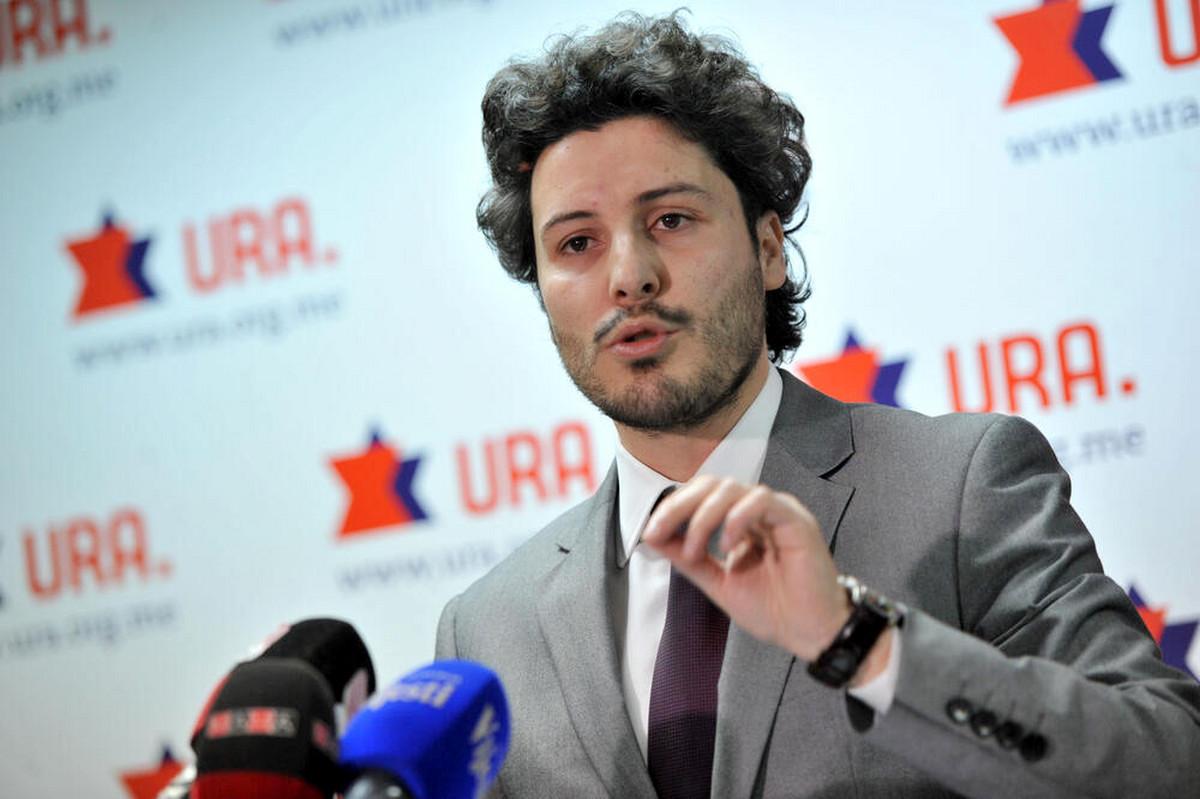 """""""EVROPSKI LUKAŠENKO JE PROPAO"""" Abazović: Milo Đukanović je politička prošlost i tu treba STAVITI TAČKU"""
