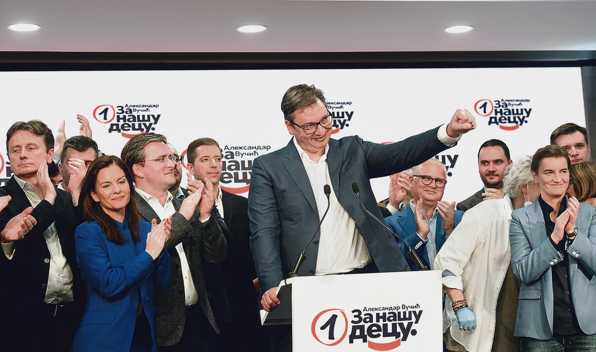 """NOVO ISTRAŽIVANJE Da su izbori sutra, evo kako bi """"plasirali"""" SNS i SPAS i da li bi Đilasova stranka PREŠLA CENZUS"""