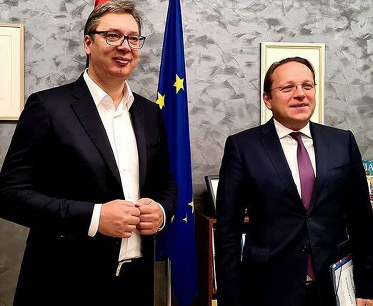 VUČIĆ SE SASTAO SA VARHEJIEM Počeo drugi dan razgovora u Briselu, da li će se na stolu naći pitanje PRIZNANJA KOSOVA?