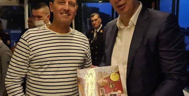 "Vučićeva večera na brodu: ""Hvala Grenelu na divnom poklonu"" (FOTO)"