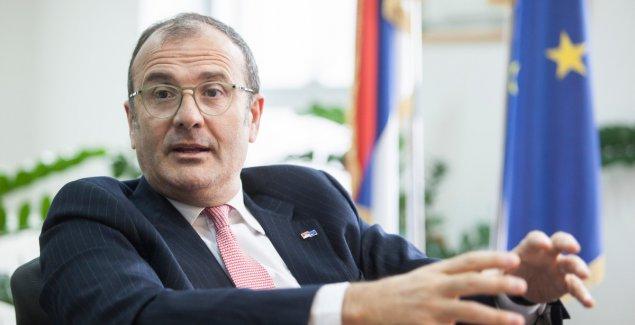 NAJVEĆI INVESTITOR U SRBIJI JE EVROPSKA UNIJA Fabrici: Više od četiri milijarde evra bespovratnih sredstava uloženo u proteklih 13 godina