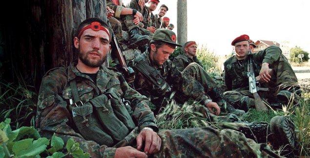 POČINJE SUĐENJE ZA ZLOČINE OVK Čelnici kosovske paravojske danas pred sudom u Hagu, PRVI NA SASLUŠANJU AGIM ČEKU
