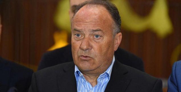 Hotijev kabinet razmatra UKIDANJE ZABRANE ulaska na Kosovo ministru Šarčeviću