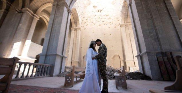 Sa venčanja na front: Ljubav u doba rata u Nagorno-Karabahu