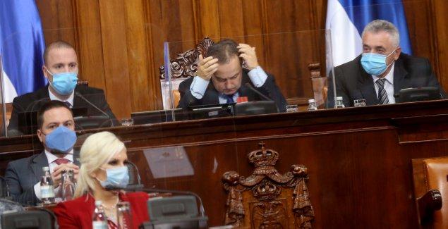 """""""NEMOJTE DA ME PROVOCIRATE"""" Kamberi u Skupštini Srbiju uporedio sa Belorusijom, Dačić ga upozorio"""