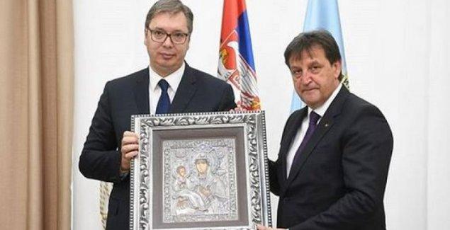 УВЕК НА БРАНИКУ СРБИЈЕ: Председник Вучић честитао припадницима БИА њихов дан (ФОТО)